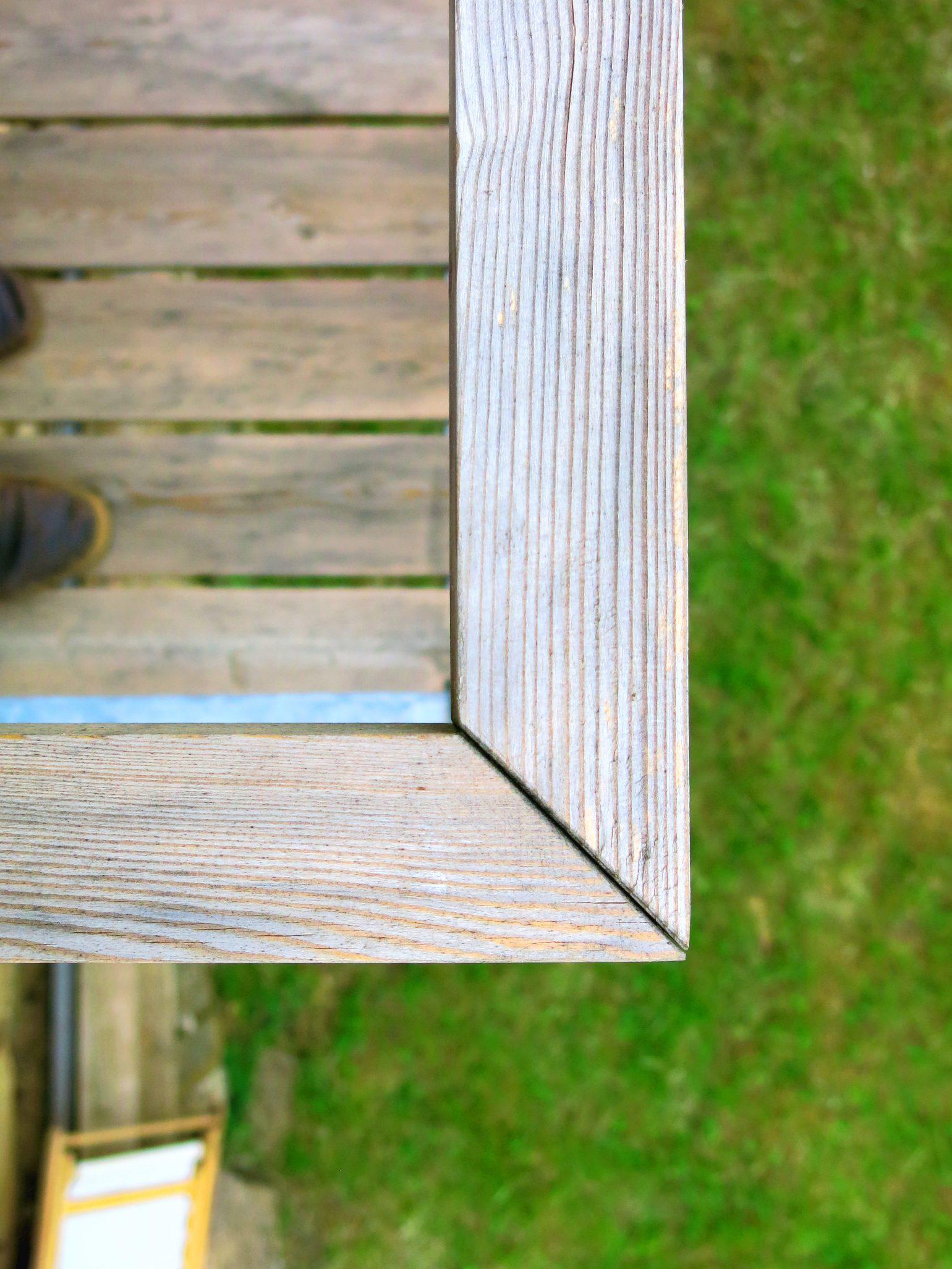 Rénovation grange Ariège-Volets bois coulissants-sols béton lissé-menuiseries aluminium