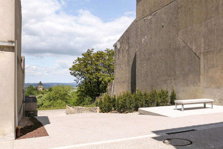 Le2bis - espaces publics Saint-Félix Lauragais -Détail 8 - Belvédère vue sur moulin - Marches béton