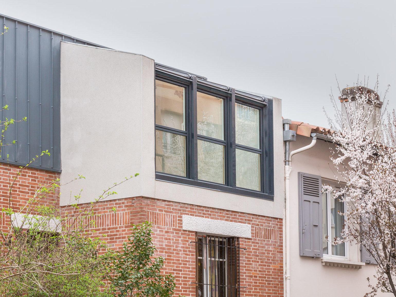 Le2bis-Agence d'architecture toulouse-Surélévation contemporaine minimaliste Maison Toulouse-Détail verrière-Bow windows
